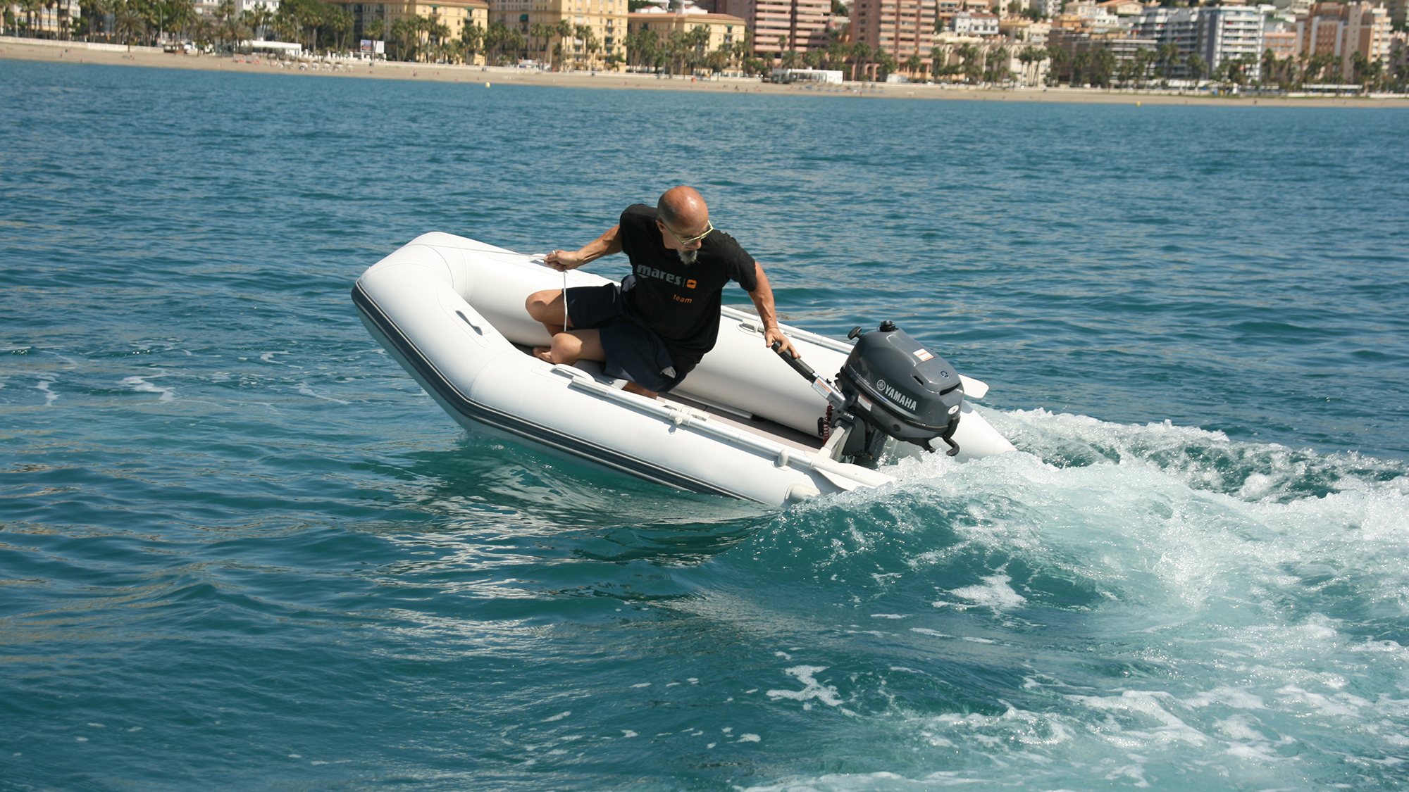 inflatable boat 1.jpg